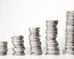 Existuje nástroj, ako zvýšiť platy bez ohrozenia dôchodkov